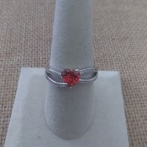 Size 9 Silver Tone Heart Ring